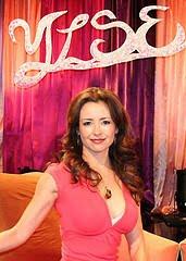 Ruth Liver stars as Ylse on Ylse.net