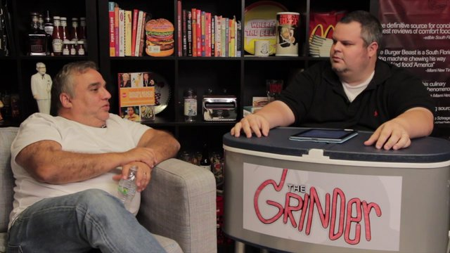 Lee Schrager joins the Burger Beast on The Grinder (from your pals at ChatChow.TV)