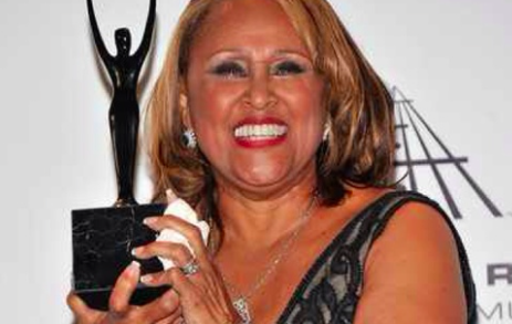 DARLENE LOVE'S ACCLAIMED NEW ALBUM 'INTRODUCING DARLENE LOVE' AVAILABLE NOW