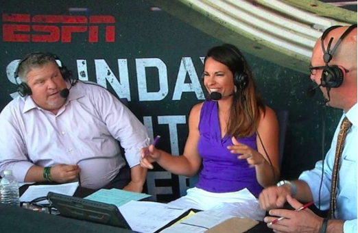 Jessica Mendoza Makes History, Despite Sexist Criticisms
