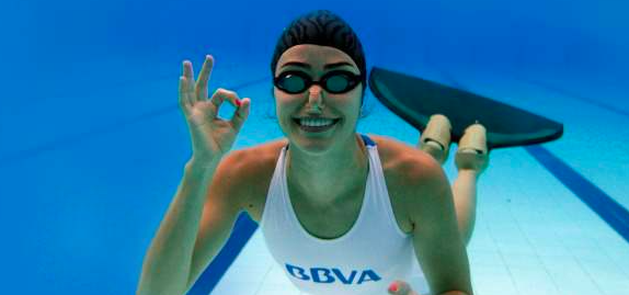 Sofía Gómez Uribe Breaking International FreeDiving Records