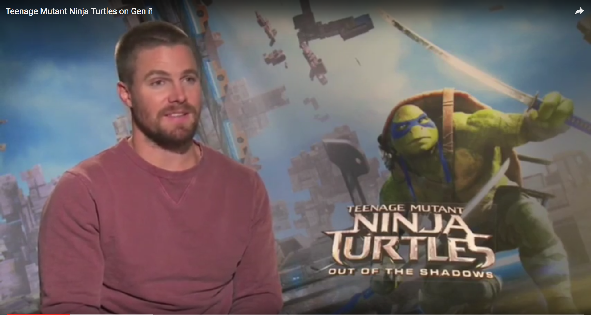 Stephen Amell of Arrow in TMNT2 dons Casey Jones mask