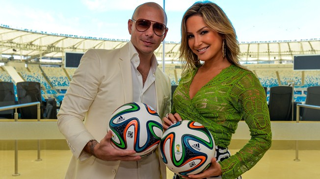 "Pitbull & Claudia Leitte Join For ""Carnaval"""