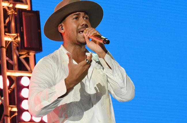 Romeo Santos Breaks Records With Golden Tour